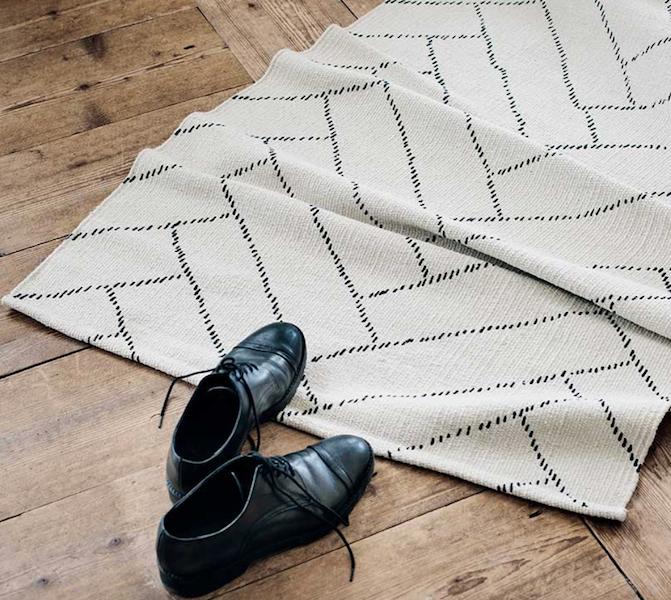 finarten aitta matto valkoinen